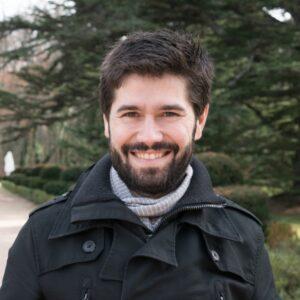 Mario Hoyos consultor de ingeniería y sistemas en consultoria.io